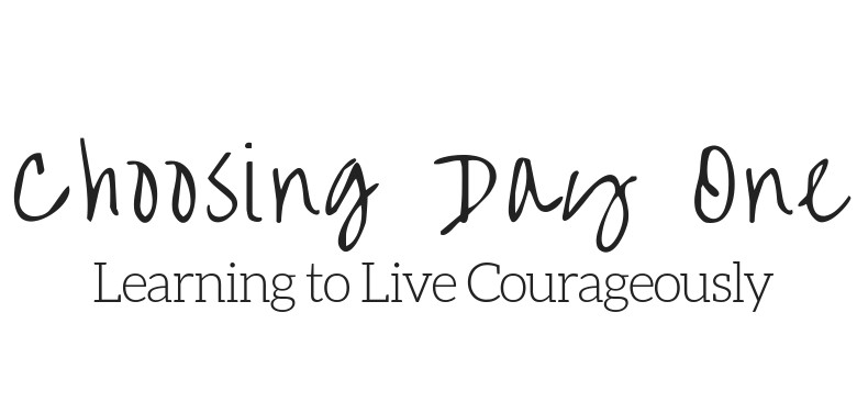 Logo for Choosing Day One Blog which links back to a review about Charlotte's personal branding and lifestyle headshot experience with Meghan Goering Photography